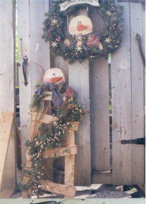 "Snowman Ladder 36"" and Wreath 34"""