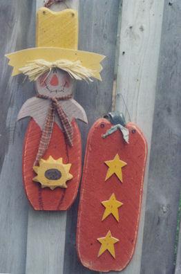 Fall Rough Pine Set  Scarecrow and Pumpkin-